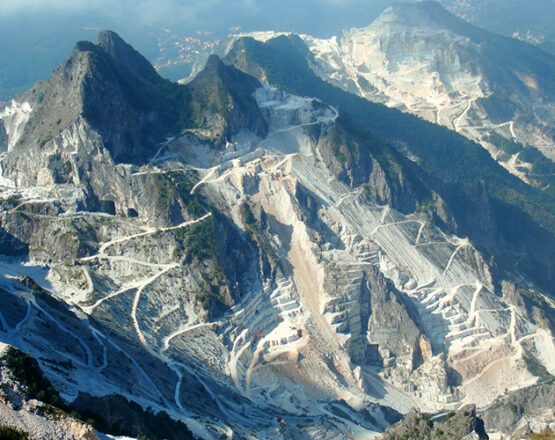 cararra marble quarries private tours